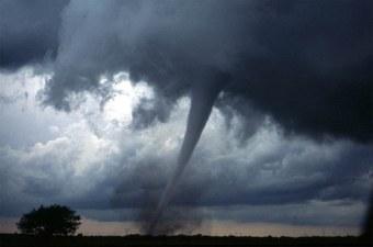 tornado-572504__340